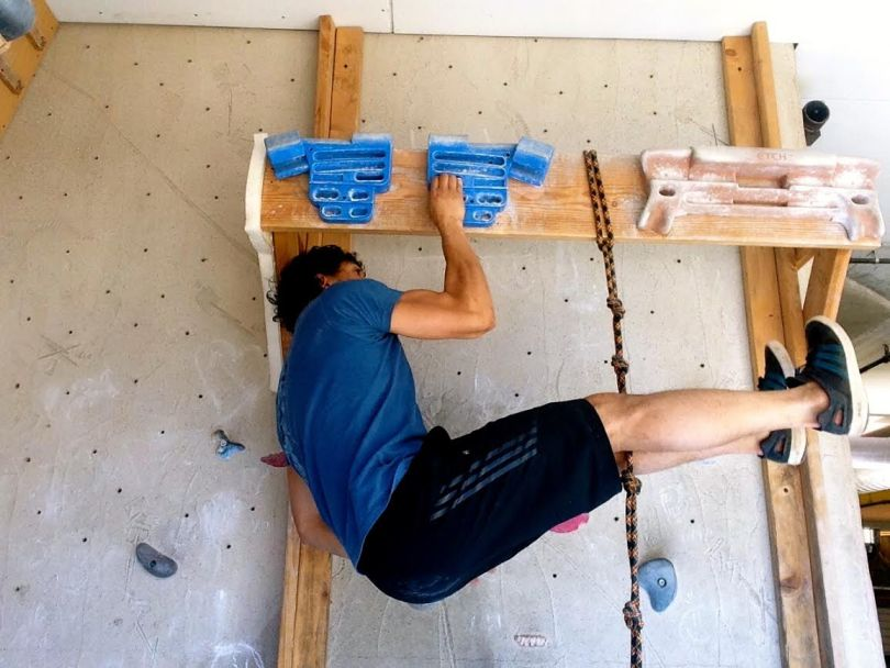 hang-board-grip-strength