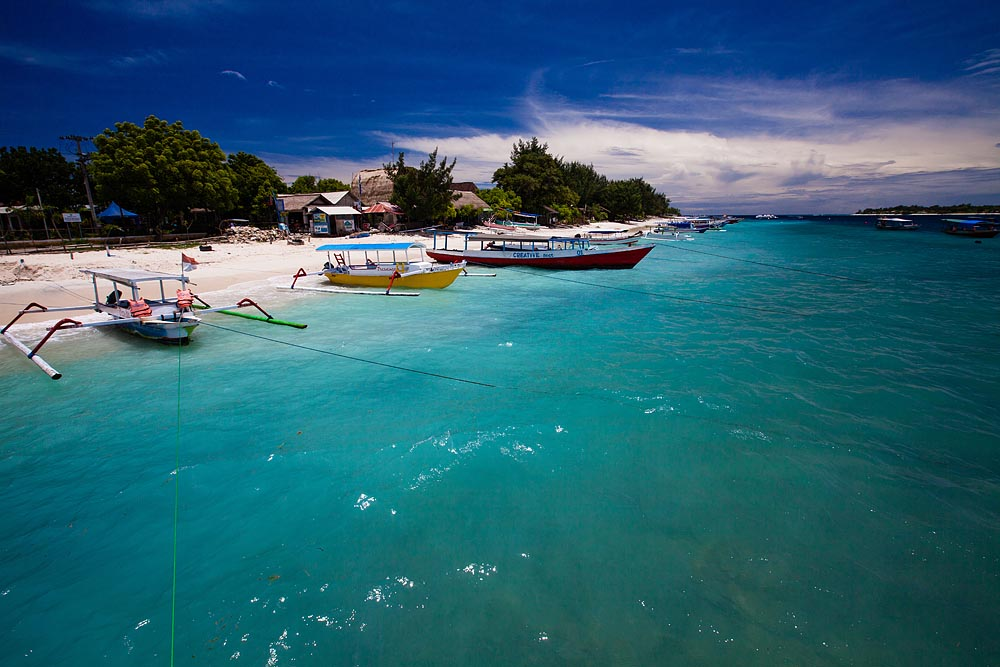 This is what you come to see at Gili T. Blue water, white sand and blue skies are in pretty abundant supply around the island.