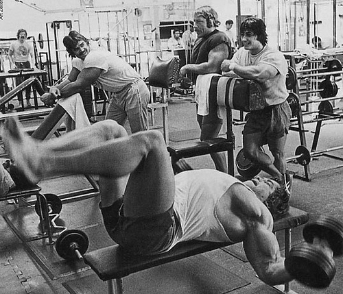 arnold-dumbbell-fly